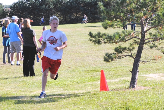 Sam Hinson, a sixth-grader at Grant School, finished third in the boys race at the Marshfield Elementary School One-Mile Fun Run on Tuesday at Wildwood Park. (Photo by Paul Lecker/MarshfieldAreaSports.com)